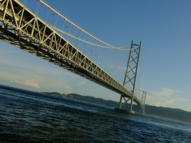 Akashi-Kaikyo Bridge, Kobe, Japan