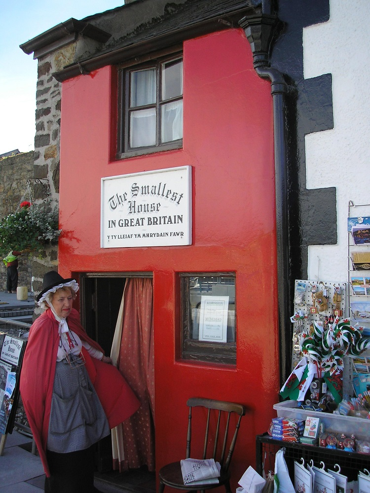 smallest house in great britain - Smallest House In The World 2014
