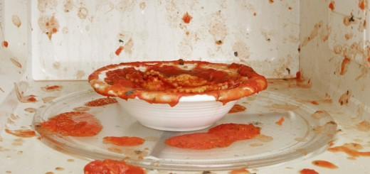 Foods that should never be heated in a microwave