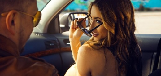 7 Signs you are going out with a gold digger