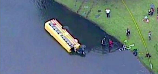 A bus with 27 kids crashes into a pond and then what this 10 year old did is amazing