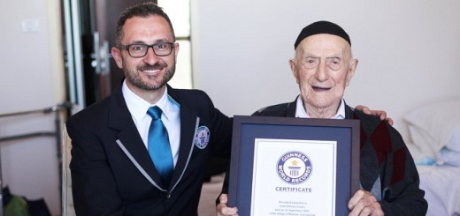 Meet Israel kristal A Holocaust survivor is now the worlds oldest man officially!