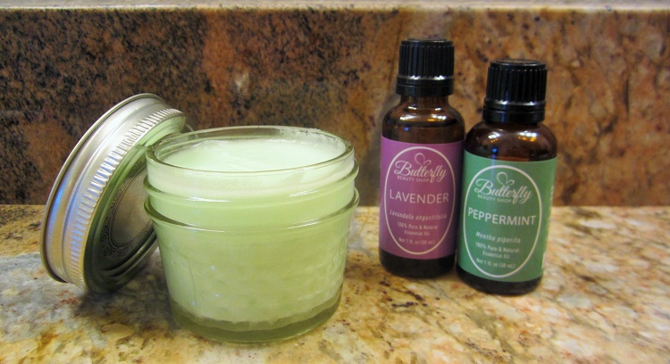 The mixture of lavender oil and peppermint