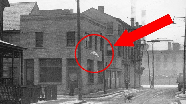10 Mind Blowing Coincidences That Are Almost Unbelievable