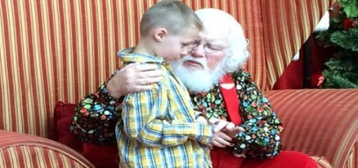 An Autistic boy asks Santa a heartbreaking question but Santa's reply is simply amazing