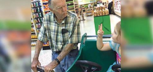 What this four year old did at the grocery store will melt your heart