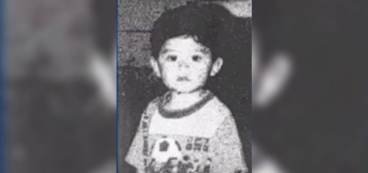 Father kidnaps his 1 year old Son but Mother finds him 22 years later