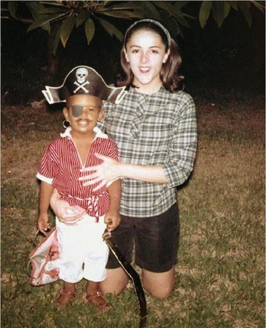 Young Barack Obama with his Mother