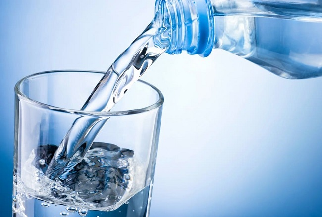 Drinking water flushes out toxins