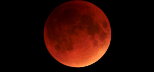 Brace Yourself For The First Super Blue Blood Moon Eclipse In 150 years