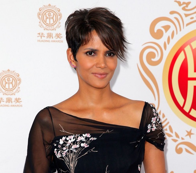 People are having doubts on Halle Berry's talent