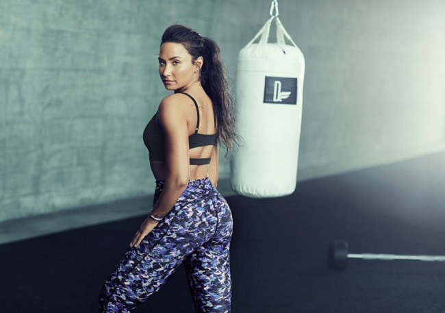 demi lovato gym outfit